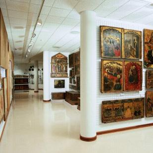 Magatzems del Museu Episcopal de Vic