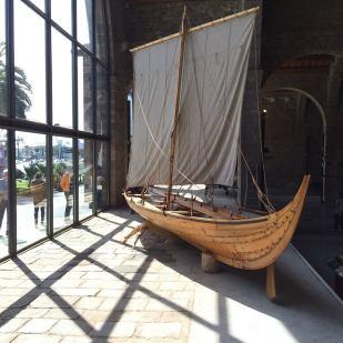 Una de les embarcacions víkings de l'exposició