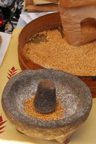 Mà de morter romana, llesta per prepara el pa del dia (Forn Jordi Andreu)